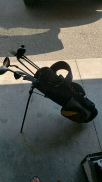 Starter kids golf clubs with bag Guelph, N1G