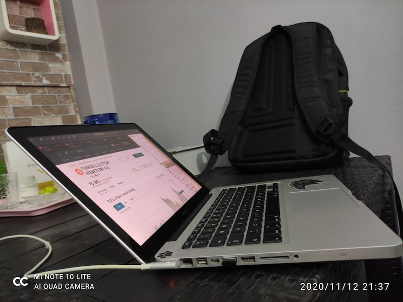 Macbook pro i5 250ssd 500hdd 3