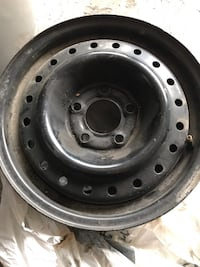 black bullet hole vehicle wheel and tire Longueuil, J4L 4H7