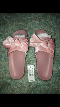 pair of pink leather sandals Aldie, 20105