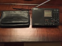 Sony world band receiver with leather case Gainesville, 20155