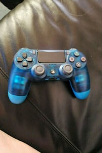 Ps4 blue ice controller  New Westminster, V3M 3L1