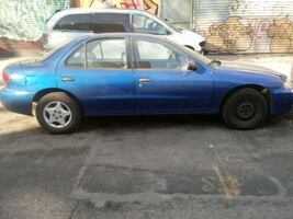 Chevrolet - Cavalier - 2004 this car is like new
