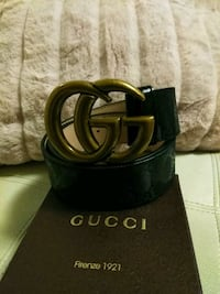 Black gucci leather belt with gold buckle