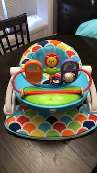 Fisher-Price Sit-Me-Up Floor Seat with Toy Tray St Catharines, L2R 6H2