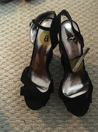 pair of black leather open-toe heeled sandals Germantown, 20874
