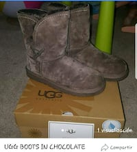 pair of brown UGG sheepskin boots with box Springfield, 22151