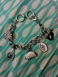 silver charm bracelet Capitol Heights, 20743