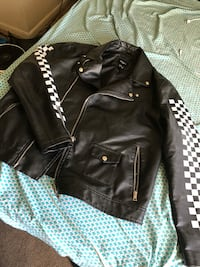 Leather with checkered sleeves(szXL) fits like a large  Baltimore, 21230