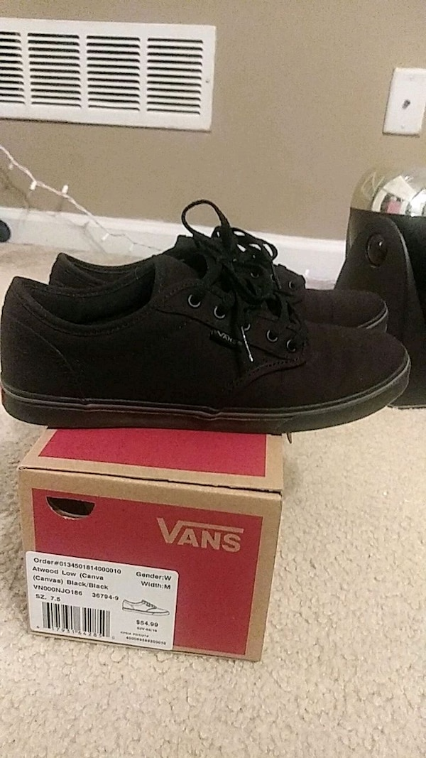 a73b7ea0b2 Used Woman s vans 7.5 for sale in Flowery Branch - letgo