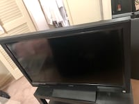 42' tv with wall mount and tv table  Fairfax, 22031