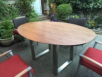 "Brand new table tops, walnut brown and black, oval 68""  伯纳比, V3N"
