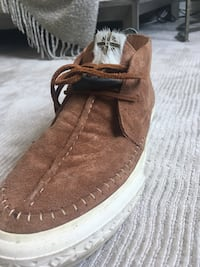 Men's limited edition vans suede mid top shoes (worn only once size 9). Perfect condition Bolton, L7E 2J7