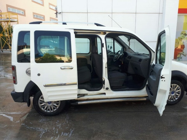 2004 - Ford - Tourneo Connect e8aa8644-1d00-4a96-b53a-46a8d46933f2
