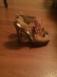 Pair of brown open toe ankle strap heels Brampton, L6Y 1H7