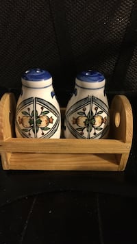 Dutch ceramic Salt & Pepper shakers Wesley Chapel, 33544