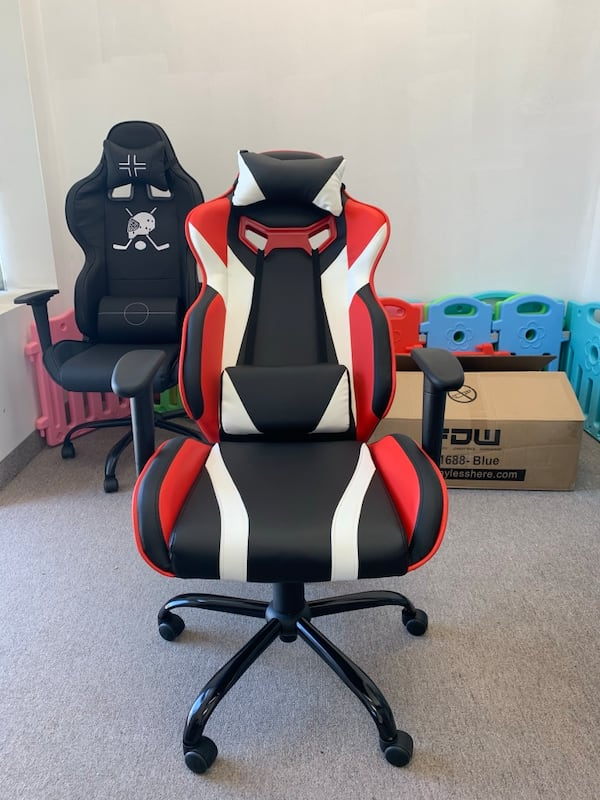 Black white red gaming chair with recliner 218be6c6-1507-4192-935b-204df784f1b7