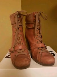 Nine West Leather Tan Ankle Boot Size 10
