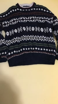 Knit ugly sweater New York, 10033