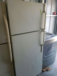 Beer fridge 150.00 delivery available London, N6J 1W6