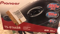 black and gray Pioneer subwoofer box Los Angeles, 91306