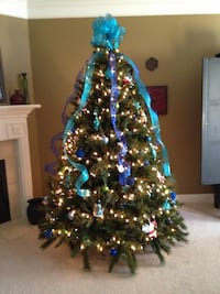 Christmas tree without bow tie and baubles