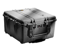 Black Pelican 1640 case with wheels, handle and custom foam dividers Toronto, M5T