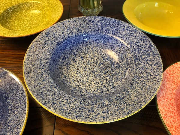 Large Salad Bowl And 4 Salad Serving Bowls! Made In Portugal! ab726dbf-975f-46c0-8855-d6857eb59517