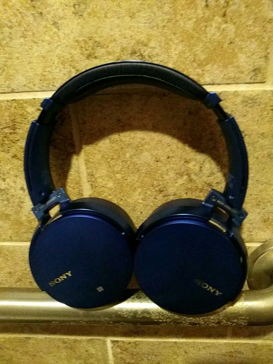 black and blue Sony corded headphones for sale  Chico
