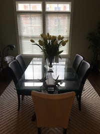 Modern Dining Room Table + 6 Chairs Ashburn, 20147