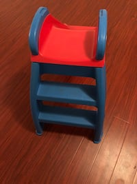 blue, red, and white plastic table Los Angeles, 91607