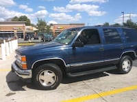 Chevrolet - Tahoe - 1999 Z71 4X4 only 100 K miles  Falls Church