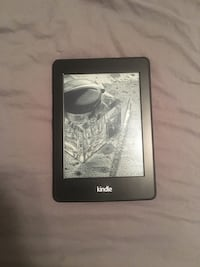 Kindle E reader- new/barely used  400 mi
