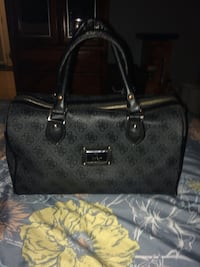 Guess 3-way handbag/purse  Pitt Meadows, V3Y 1M8