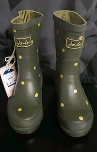Green and Gold Joules Rain boots size 12c kids  Renton, 98058