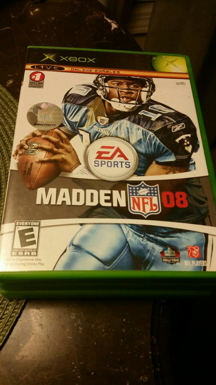 Photo EA Sports Madden NFL 08 Xbox classic game case