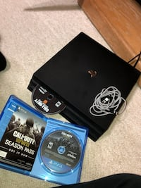 PlayStation Pro 1TB, 2 games, playstation online card