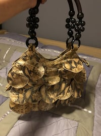 brown and white floral table lamp Richmond Hill, L4E 4Z5