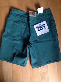 Brand New with tags Men's size 35 Denver Hanes shorts