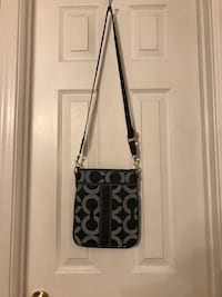 Small sling Coach purse La Fayette, 30728