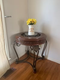 round brown wooden side table Laurel, 20708