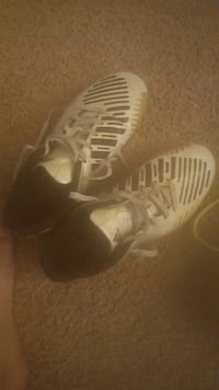 4 in a half soccer cleats Palmdale, 93550