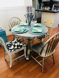 Ethan Allen Small Dining Room Set Gold & Silver  Los Angeles, 91367