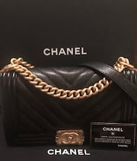 CHANEL Caviar Chevron Quilted Medium Boy Flap Black Leesburg