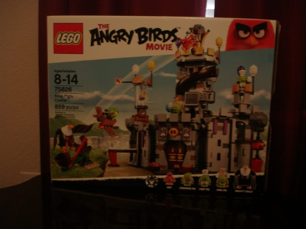 Used Lego Angry Birds 75826 King Pigs Castle For Sale In Haslet Letgo