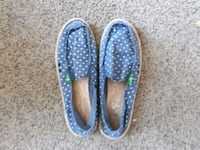 pair of blue-and-white slip on shoes Barrie, L4N 1T1