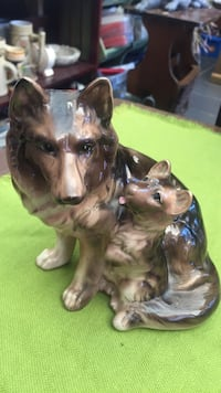 Figurine Dogs  South San Francisco, 94080