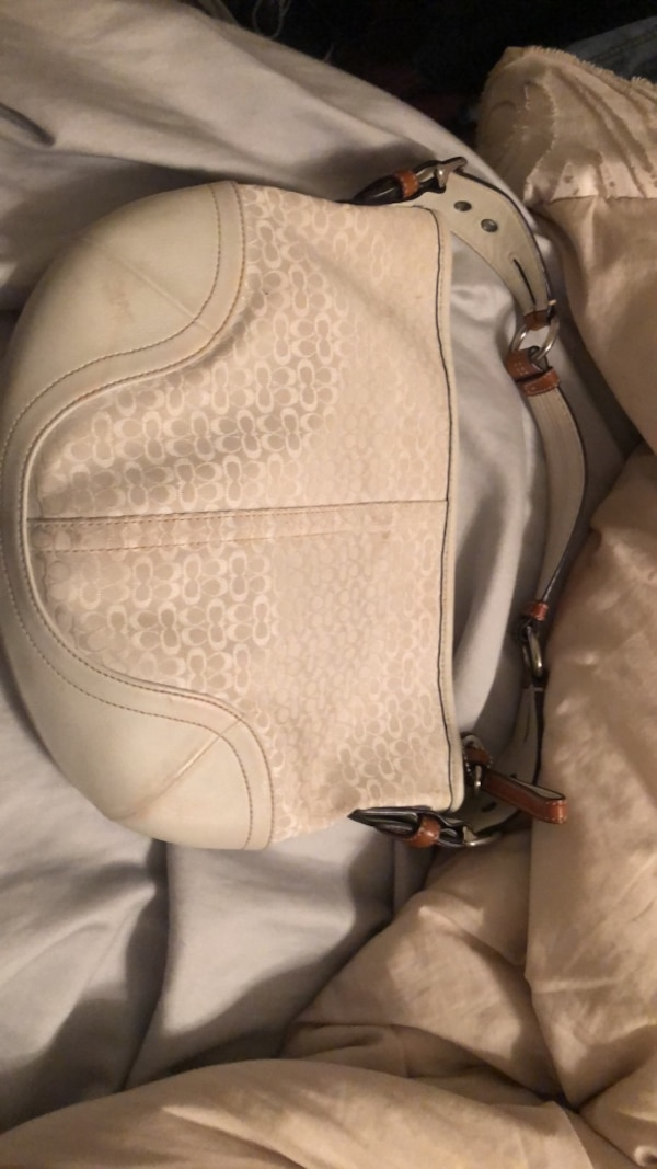 791874df8c54 Used women s white leather sling bag for sale in Richardson - letgo