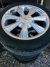 chrome multi-spoke car wheel with tire Washington, 20024