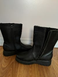 Womens size 7 boots